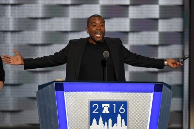 Lee Daniels advocates for gun control at DNC: 'We need to take action now'