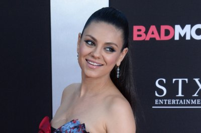 Mila Kunis 'takes Christmas back' in trailer for 'Bad Moms' sequel