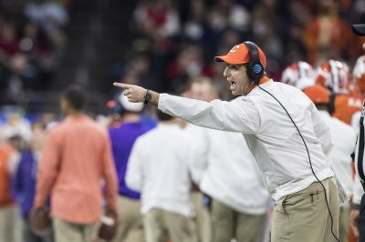 No. 2 Clemson prepares for Louisville, stretch run