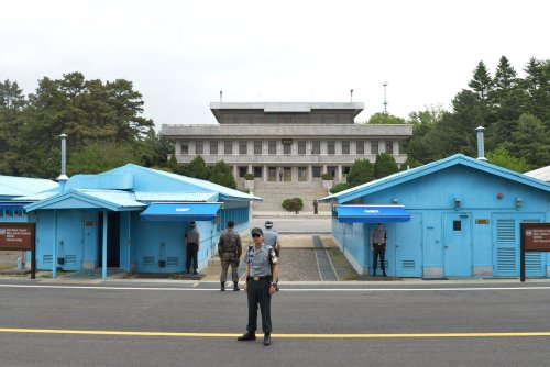 South Korea approves joint civic fight against malaria in North Korea
