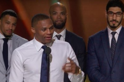 Oklahoma City Thunder's Russell Westbrook gives tear-jerking MVP speech