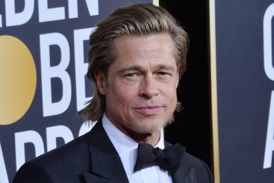 Brad Pitt calls Jennifer Aniston 'a good friend' at Golden Globes