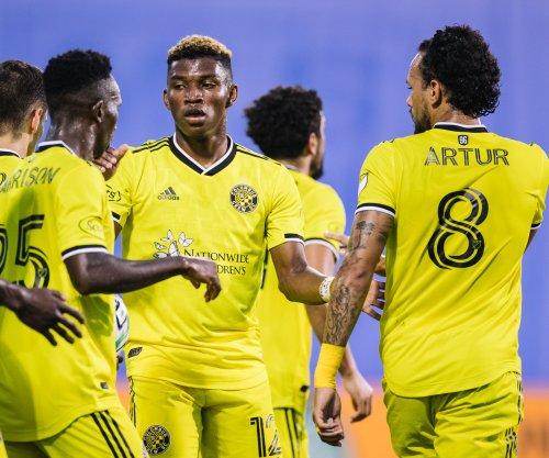 Columbus beats New England, advances to MLS Cup final