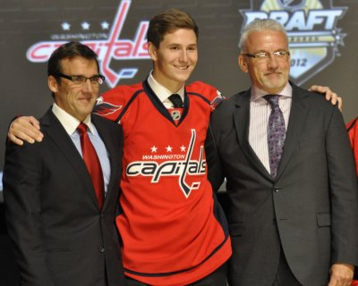 Capitals sign 17-year-old 1st-round pick