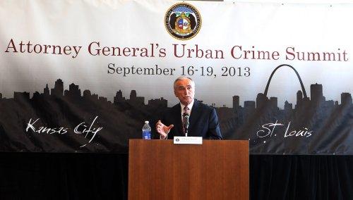 Bill Bratton named NYPD commissioner by de Blasio