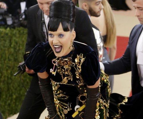 Katy Perry calls Orlando Bloom cheating rumors 'dumb'
