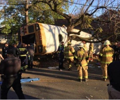 Sixth child dies in Tennessee school bus crash