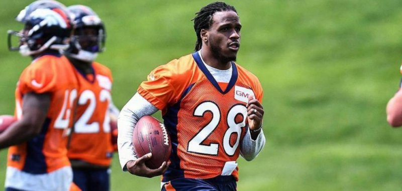 6ca1b5d980c2 Denver Broncos  Jamaal Charles doesn t care what people think after being   fired  by Kansas City Chiefs - UPI.com