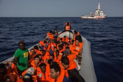 Spain takes in boat with 60 Libyan migrants after Italy, Malta refuses