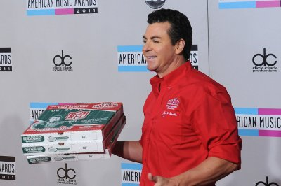 Atlanta Falcons suspend relationship with Papa John's