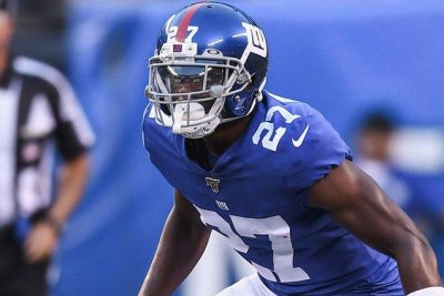 New York Giants CB Deandre Baker avoids major knee injury