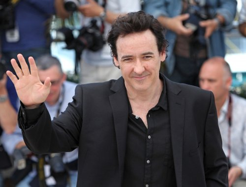 Cusack has 'Say Anything' moment at Gabriel concert