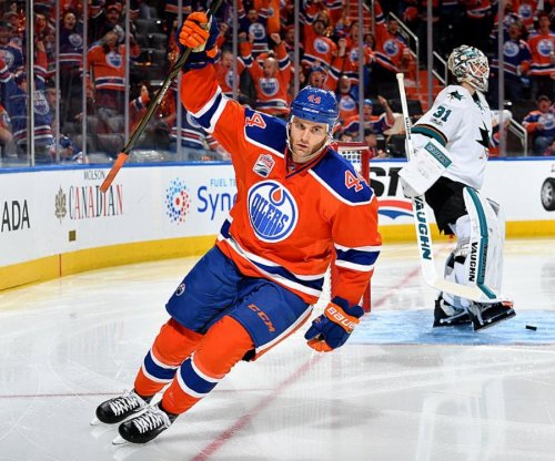 Edmonton Oilers forward Zack Kassian signs three-year extension