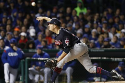 Cleveland Indians hammer mistake-prone New York Yankees
