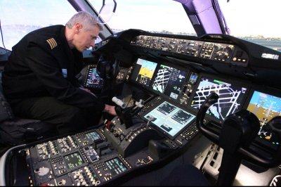U.S. facing serious shortage of airline pilots