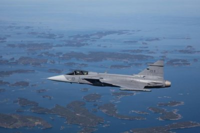 Gripen E fighter successfully test fires Meteor missile