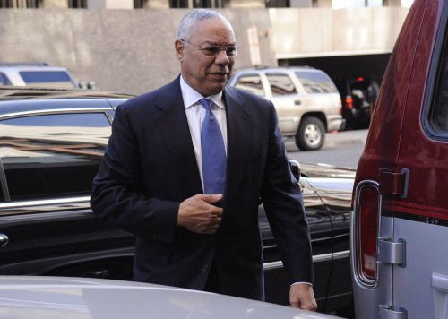 Obama says Powell would have role in D.C.