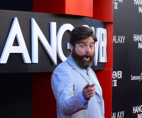 Zach Galifianakis debuts new look at SAG awards