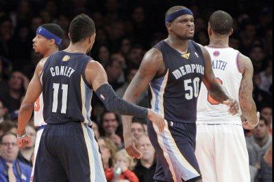 Randolph, Memphis Grizzlies rout Dallas Mavericks