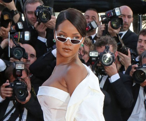 Rihanna responds to body-shamers with Gucci Mane meme