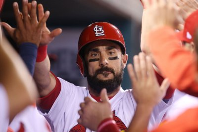 St. Louis Cardinals prevent Chicago Cubs from clinching NL Central Division title