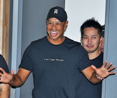 Tiger Woods falls to Jason Day at Japan Skins event