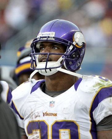 Vikings' Peterson: Went into shock last year while eating shrimp