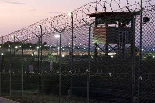 Pentagon says 158 detainees left at Guantanamo Bay
