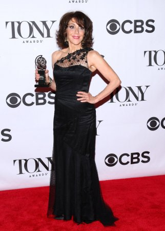 Andrea Martin to star in 'Noises Off'