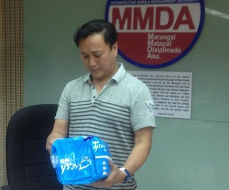 Pampered police: Manila officers to wear diapers for pope visit
