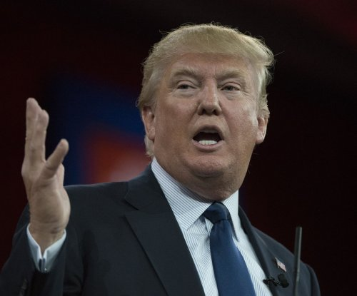 Donald Trump blames President Obama for Baltimore riots in 'racist' tweet