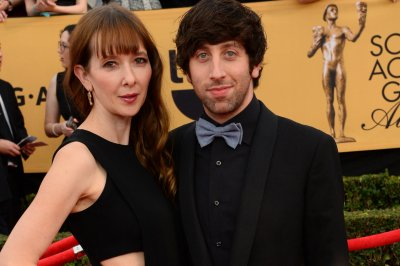 'Big Bang Theory' star Simon Helberg to narrate 'Secrets of the Universe' documentary