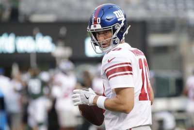 New York Giants pick up first win over Houston Texans