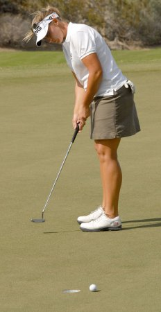 Stanford captures her second LPGA title