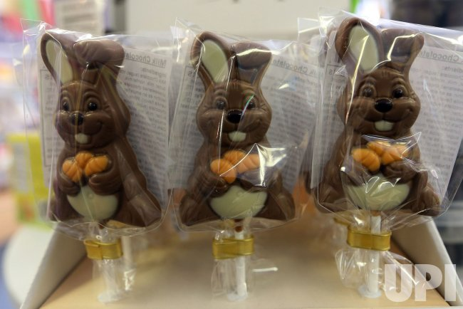 Store keeps busy as Easter approaches in St. Louis area