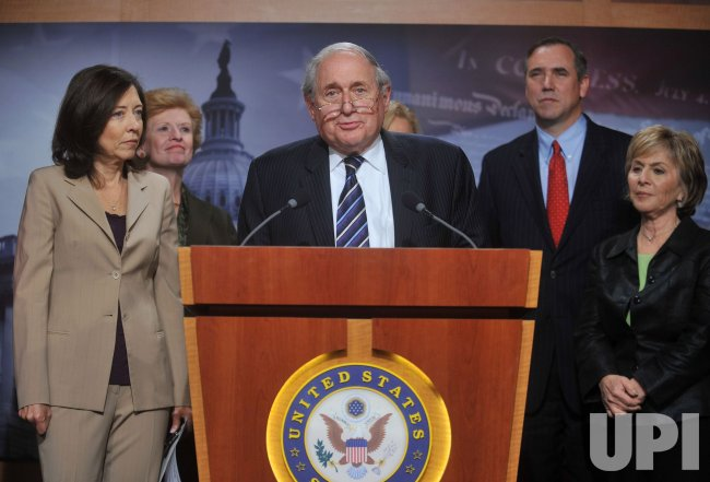 Sen. Levin speaks on the Senates passage of the Small Business Lending bill in Washington