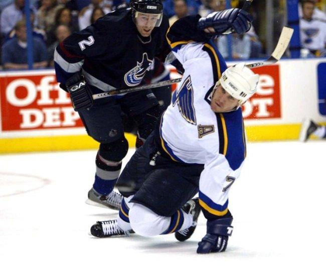 Vancouver Canucks vs St. Louis Blues hockey
