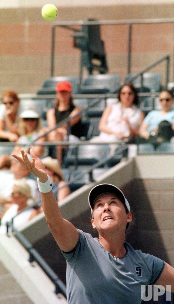 U.S. OPEN-1999---Monica Seles vs Silvia Farina