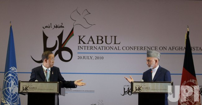 Afghan President Karzai and UN Secretary Ban Ki-Moon in Kabul