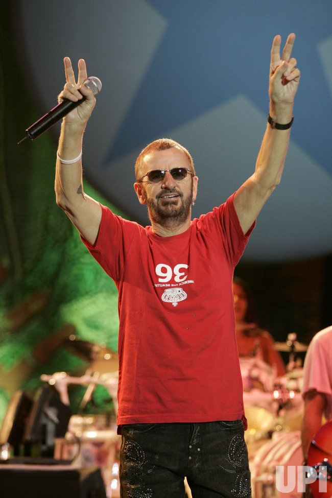 RINGO STARR PERFORMS IN CONCERT
