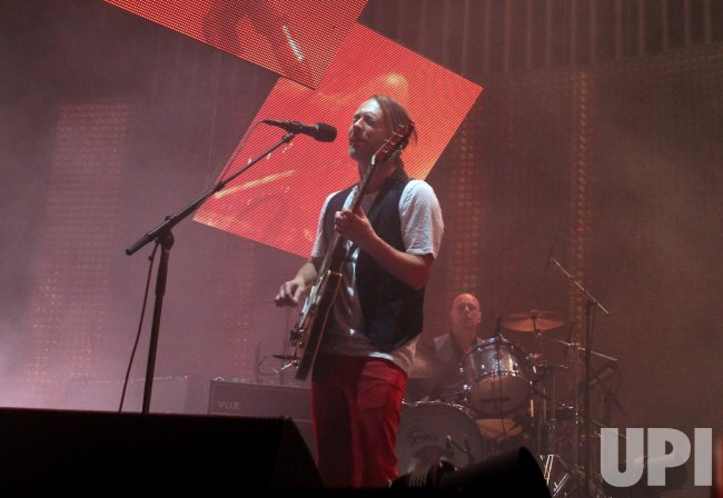Radiohead performs tour opener in Miami