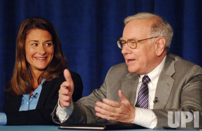 WARREN BUFFETT DONATES $37 BILLION DOLLARS TO BILL GATES FOUNDATION