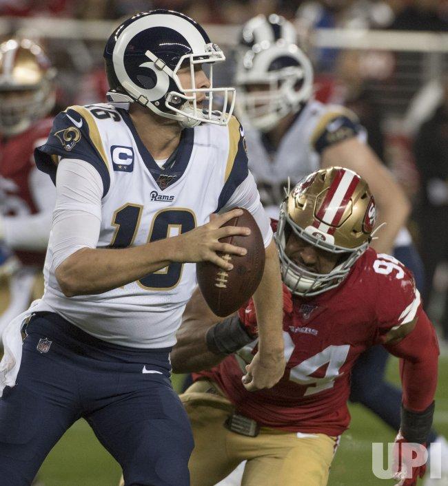 San Francisco 49ers defeat Los Angeles Rams 34-31