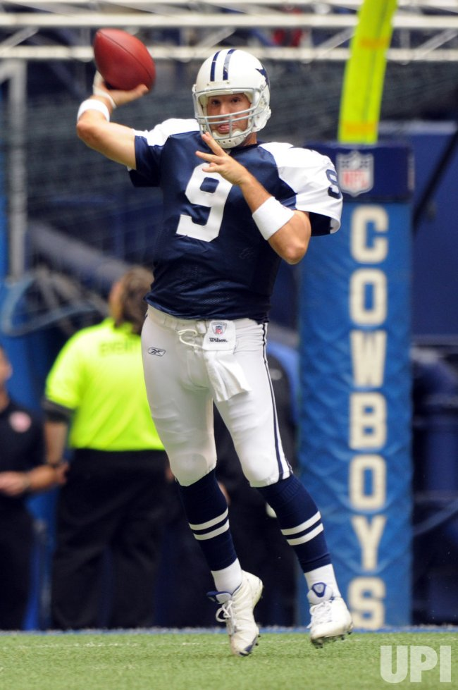 Dallas Cowboys Beat San Francisco 49ers at Texas Stadium