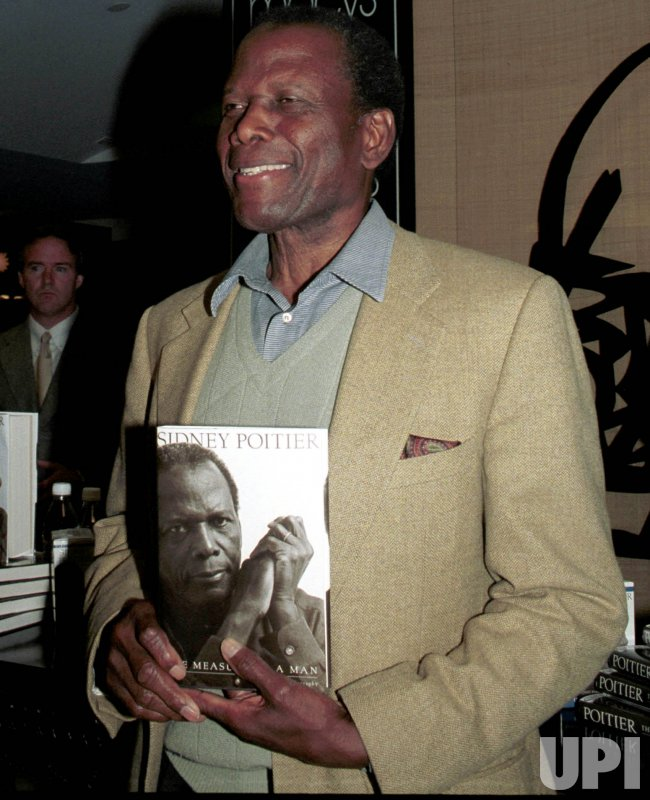 Sidney Poitier promos his autobiography