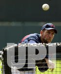 Smoltz throws batting practice in spring training