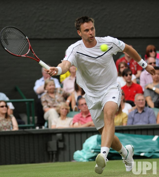 Robin Soderling returns at Wimbledon.