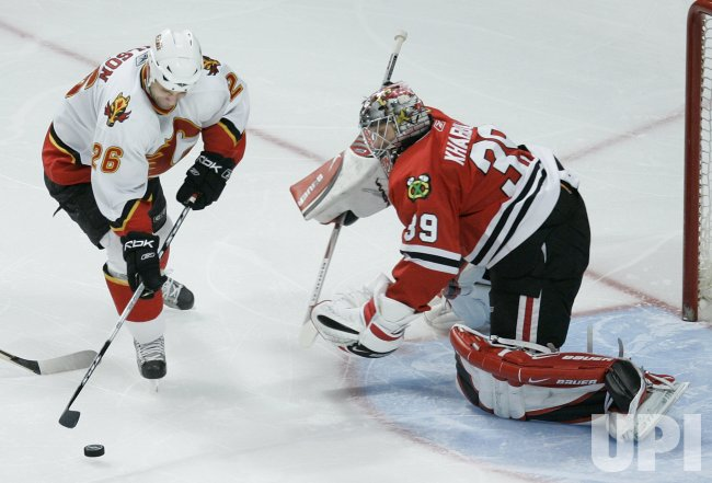 CALGARY FLAMES VS CHICAGO BLACKHAWKS
