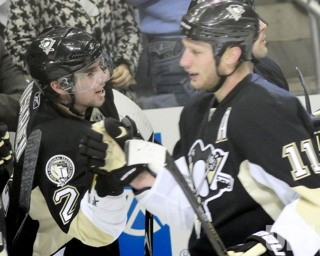 Penguins Staal Scores in Fisrt Period in Pittsburgh