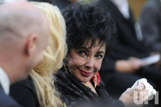Family members attend Michael Jackson burial service in Glendale, California